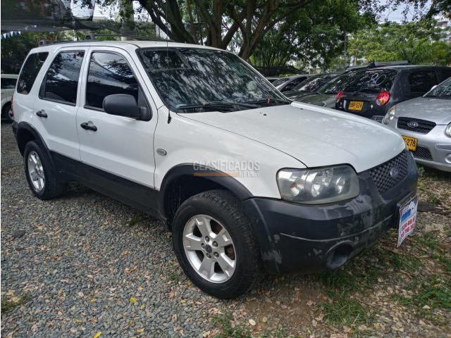 Ford Escape 2006 - $25.800.000